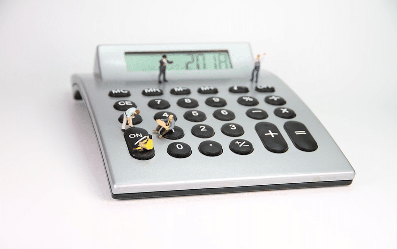 calculator with small figures | small business | Peace Evolution